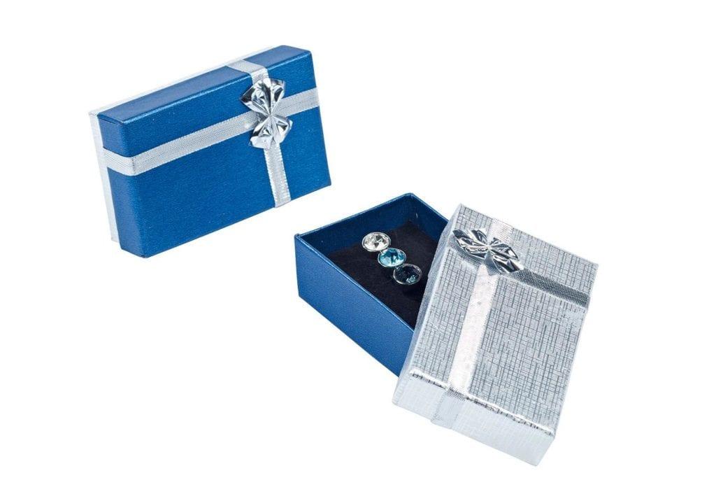 Plastronnadel Geschenkebox